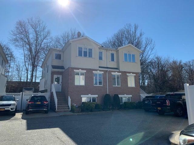 27 Coco Court, Staten Island, NY 10312