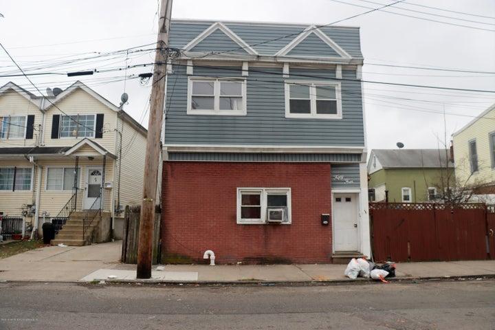 54 Grove Avenue, Staten Island, NY 10302
