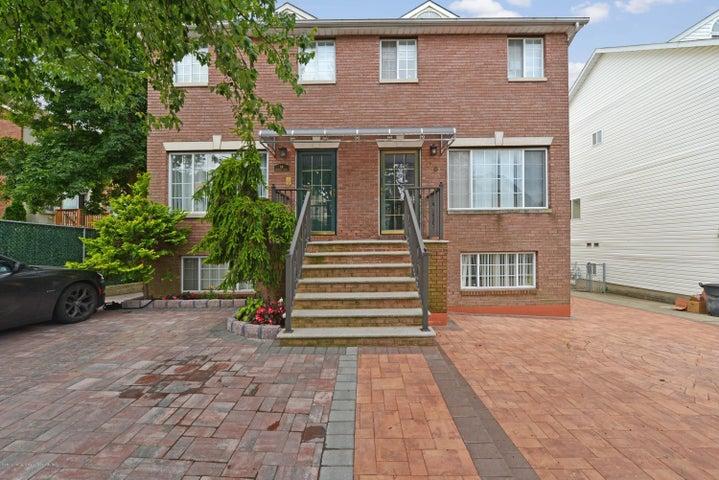 66 Monahan Avenue, Staten Island, NY 10314