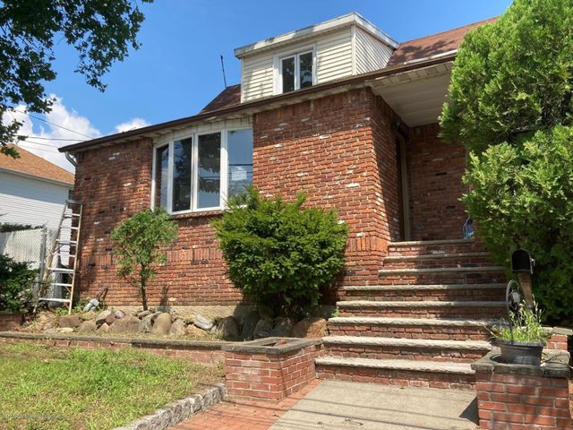 433 Yetman Avenue, Staten Island, NY 10307