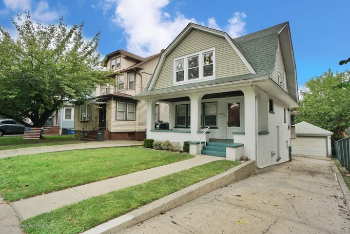 5 plus car driveway...3 story home with basement...newer roof/heating sys /windows/kitchen appliances