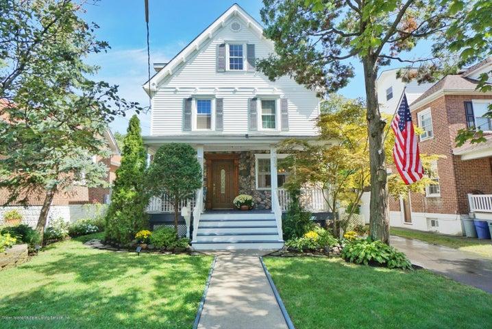 121 Sprague Avenue, Staten Island, NY 10307