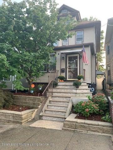 40 Hatfield Place, Staten Island, NY 10302