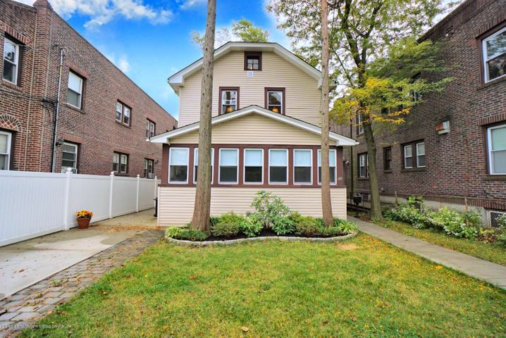 86 Oxford Place, Staten Island, NY 10301