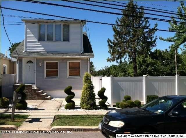 651 Woodrow Road, Staten Island, NY 10312