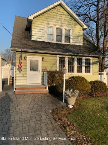 4187 Richmond Avenue, Staten Island, NY 10312