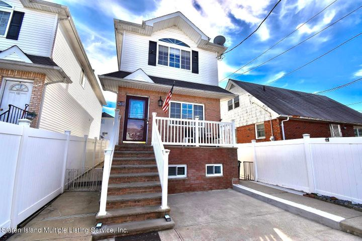 134 Virginia Avenue, Staten Island, NY 10305