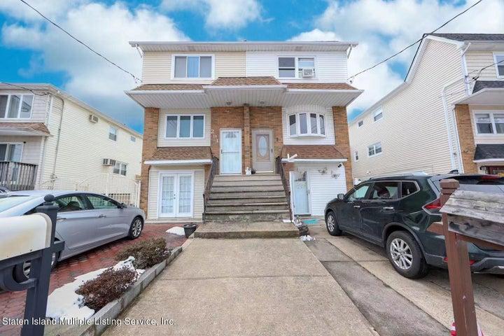 293 Slater Blvd, Staten Island, NY 10305