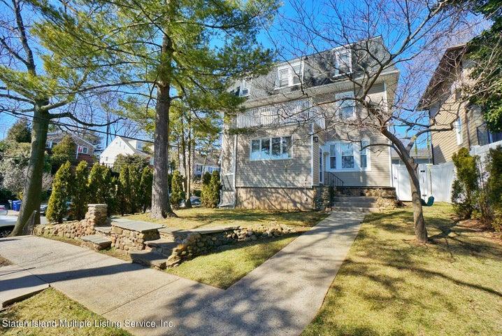 3915 Hylan Blvd, Staten Island, NY 10308