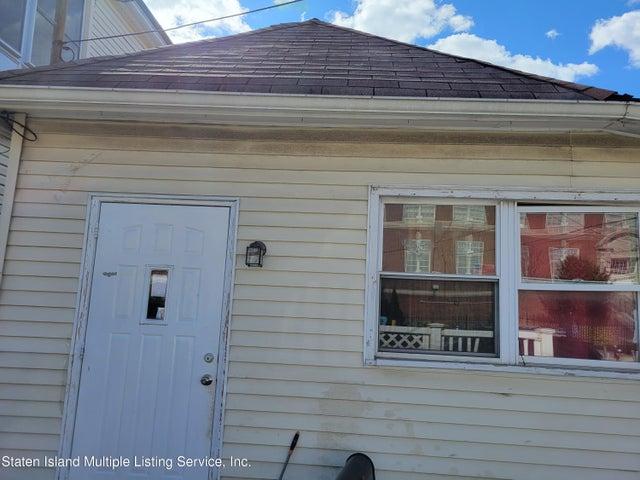 38 Reid Avenue, Staten Island, NY 10305