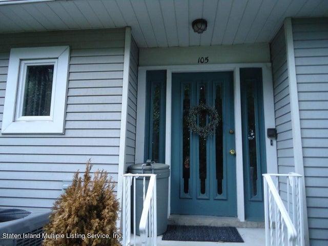 105 Commodore Drive, Staten Island, NY 10309