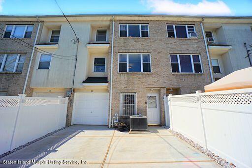 22 Smith Street, Staten Island, NY 10305