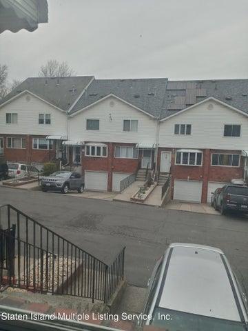 32 Cody Place, Staten Island, NY 10312