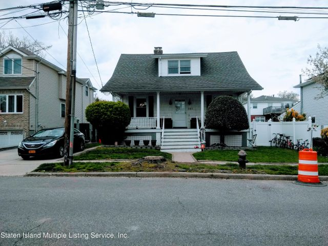 281 Greencroft Avenue, Staten Island, NY 10308