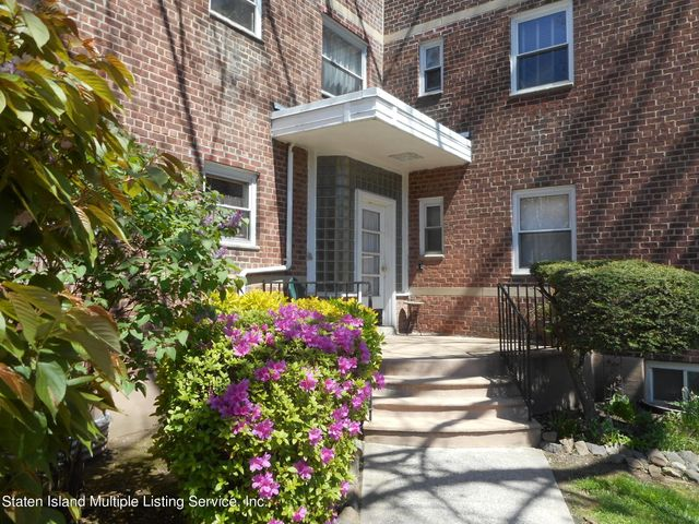559 Castleton Avenue, 1f, Staten Island, NY 10301
