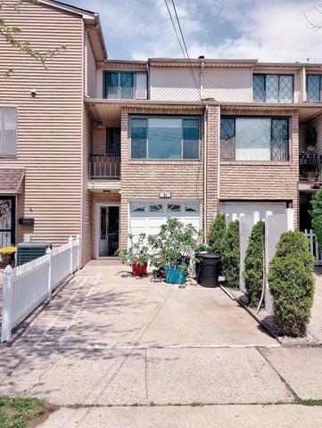 23 E Drumgoogle Road, Staten Island, NY 10312