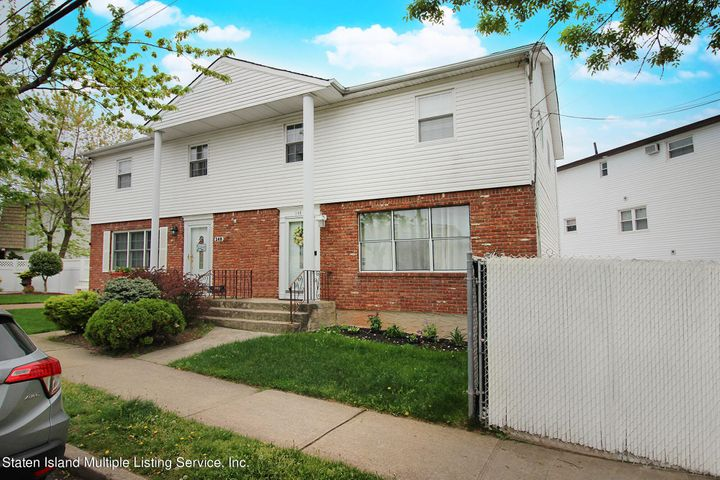 346 Woodrow Road, Staten Island, NY 10312