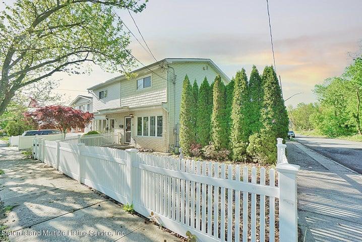 96 Amber Street, Staten Island, NY 10306