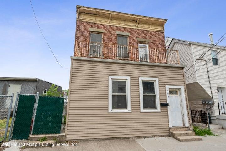 303 York Avenue, Staten Island, NY 10301