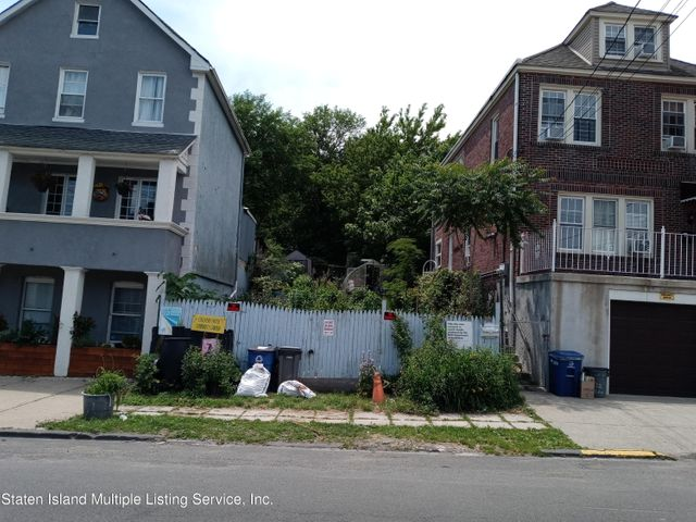 334 York Avenue, Staten Island, NY 10301