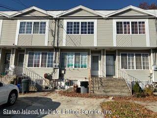 44 Summerfield Place, Staten Island, NY 10303