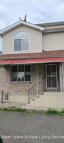 95 Greenfield Avenue, Staten Island, NY 10304