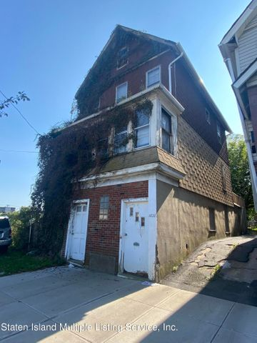 1828 Forest Avenue, Staten Island, NY 10303