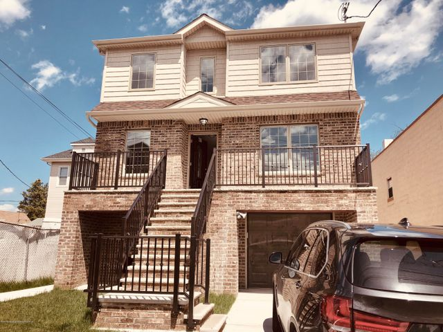 Residential Rental for sale in Staten Island, New York, 1129229