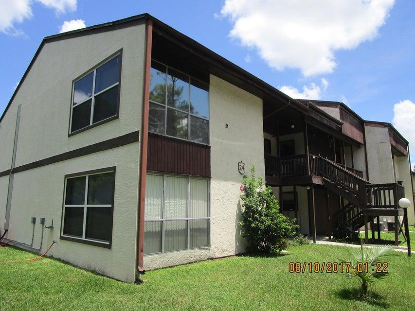 24202 Sandalwood Drive, Wildwood, FL 34785