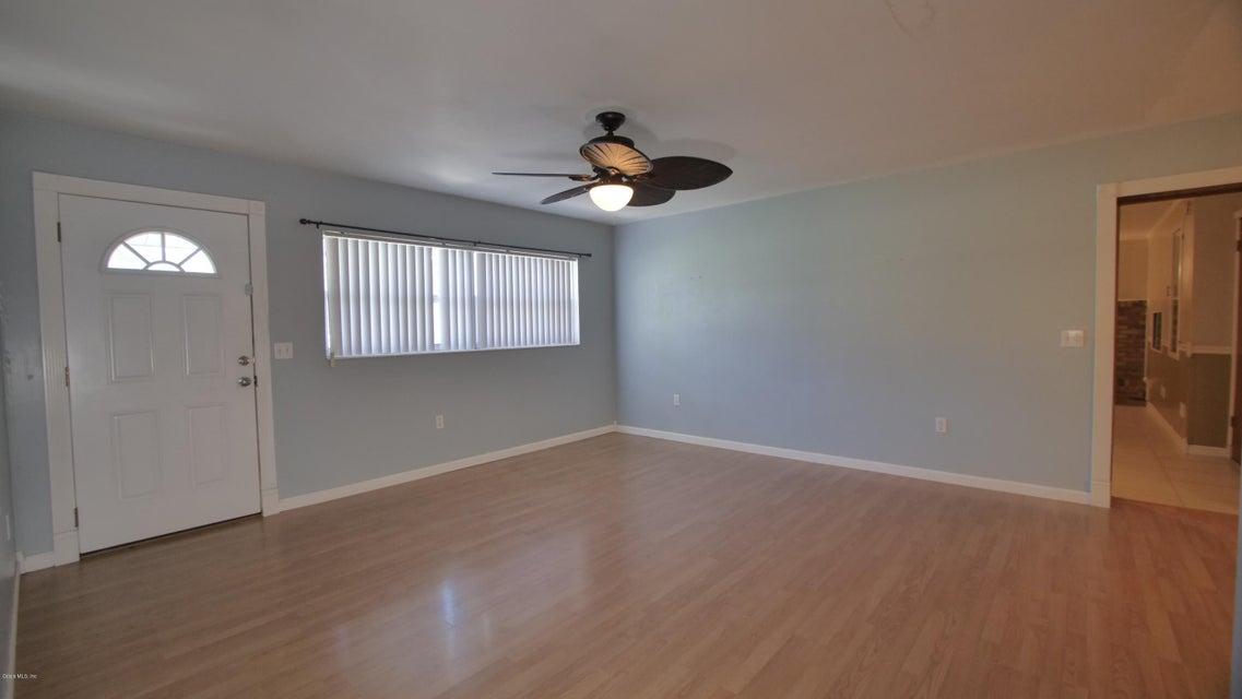 1204 SE 37th Terrace
