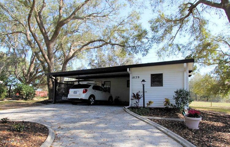 1829 Holly Lane, Lady Lake, FL 32159