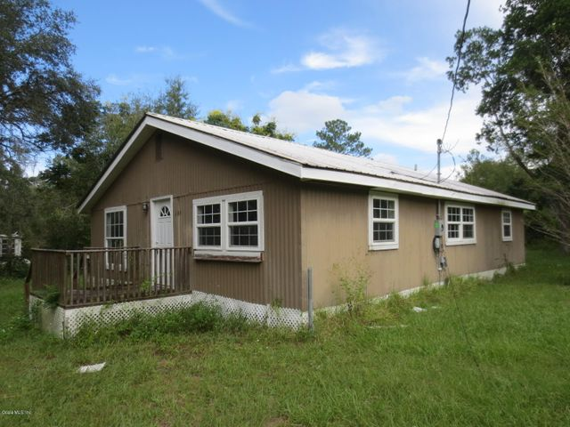 205 NE 169th Avenue, Silver Springs, FL 34488