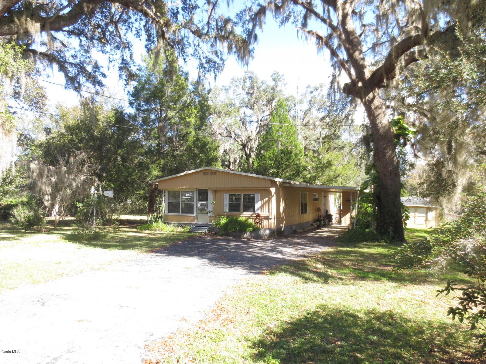2035 SE 170 Ave Road, Silver Springs, FL 34488