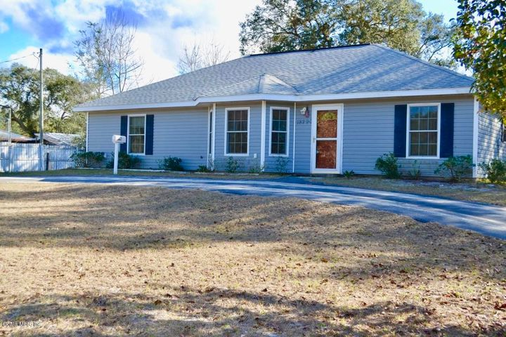 18290 SE 21st Place, Silver Springs, FL 34488