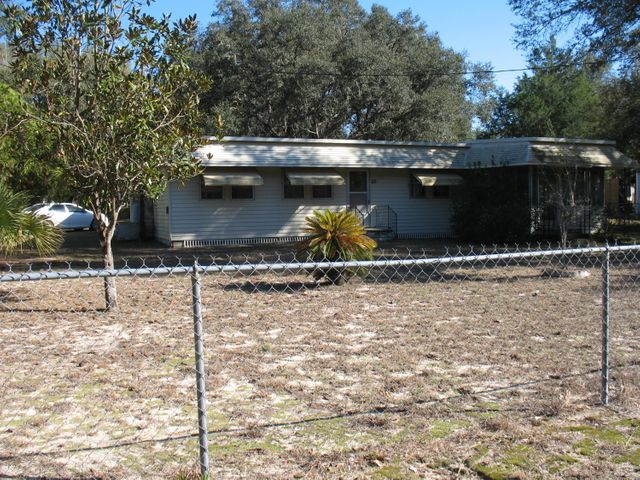 85 NE 167th Avenue, Silver Springs, FL 34488
