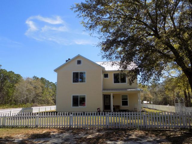10053 SE 182nd Avenue Road, Ocklawaha, FL 32179