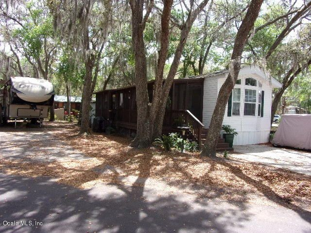 25300 NE 140 Place, Salt Springs, FL 32134