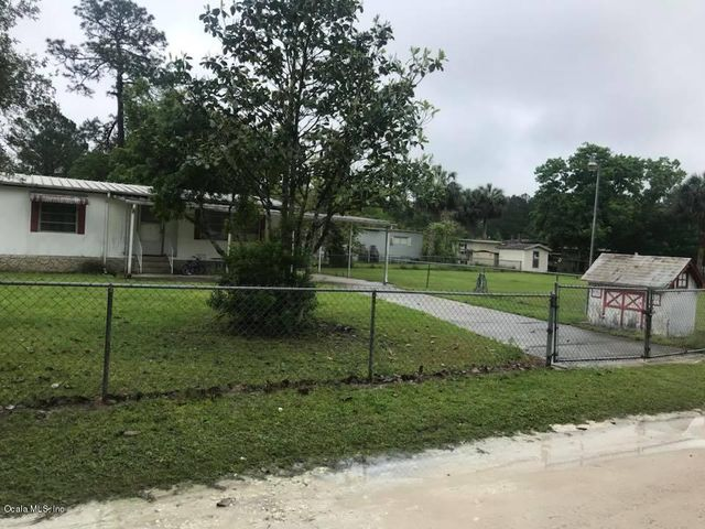 4335 NE 130th Court, Silver Springs, FL 34488
