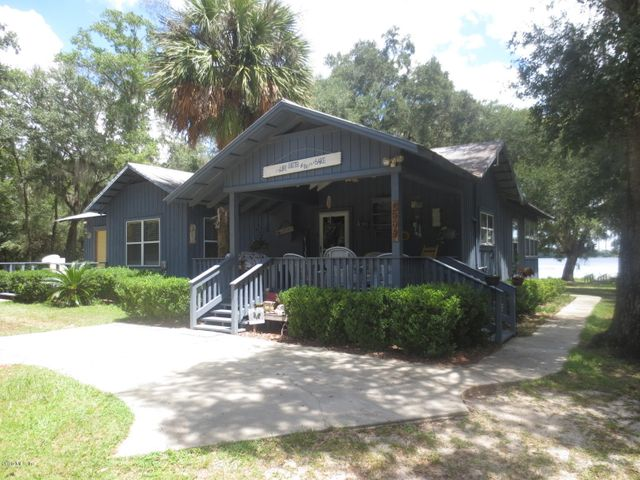 2449 SE 160th Avenue, Ocklawaha, FL 32179