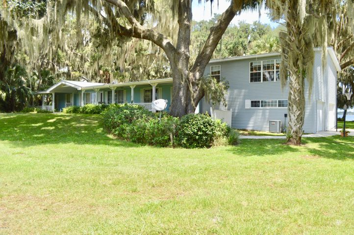 4525 SE 169th Avenue, Ocklawaha, FL 32179