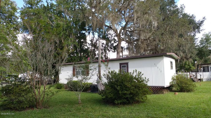 18739 NE 238 Terrace, Salt Springs, FL 32134