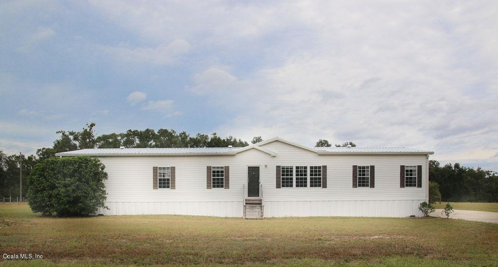 5 Bedrooms, 3 Baths. 2,280 sq. feet