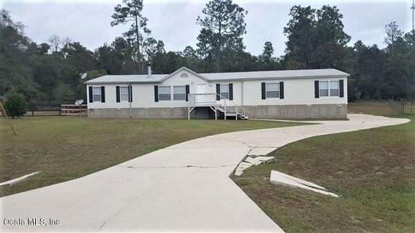 16160 NE 2nd Loop, Silver Springs, FL 34488