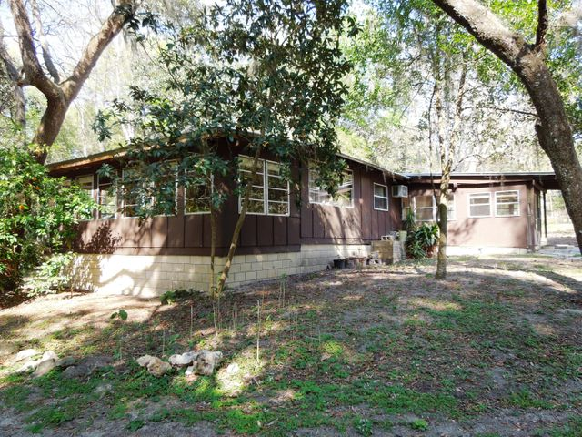 14171 NE 199 Lane, Fort McCoy, FL 32134
