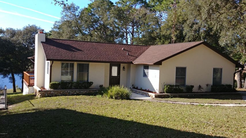 5830 SE 168th Court, Ocklawaha, FL 32179