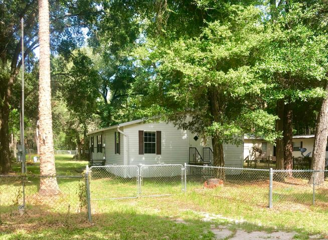 2018 NE 118th Avenue Road, Silver Springs, FL 34488