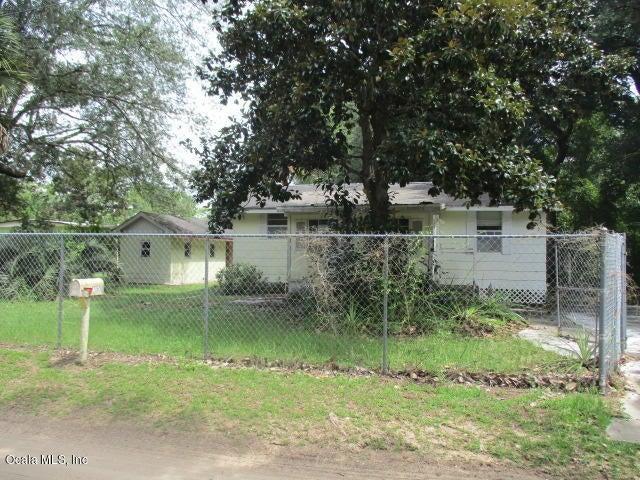 17065 NE 37th Street, Silver Springs, FL 34488
