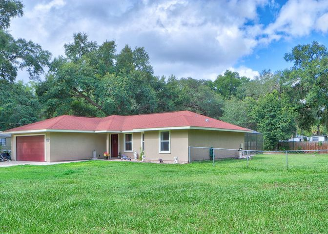 2080 SE 172nd Avenue, Silver Springs, FL 34488
