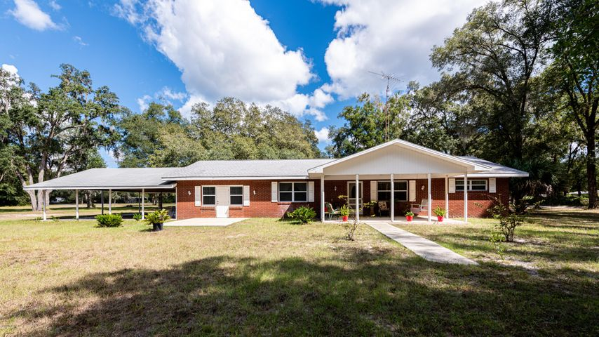 1101 NE 145th Avenue Road, Silver Springs, FL 34488