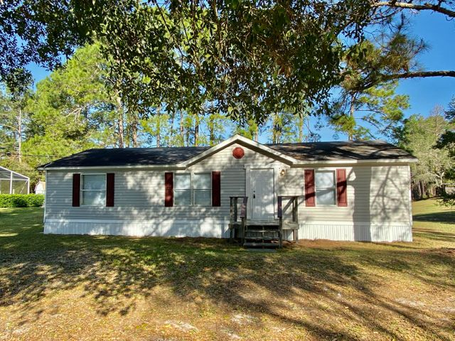 18749 SE 55th Place, Ocklawaha, FL 32179